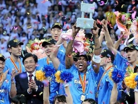 篮球运动员,大灌篮电影,嘻哈空姐,篮球鞋推荐,灌篮少年,篮球裁判